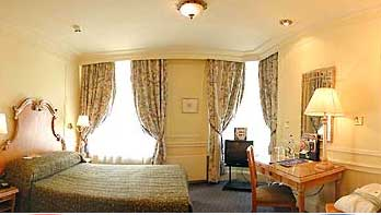 The Sloane Square hotels London bedroom2